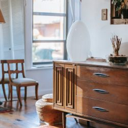 Comment choisir votre modèle de chaise ancienne en bois ?